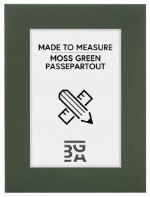 Passepartout Moosgrün - Maßgefertigt (weißer Kern)