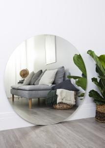 KAILA - Runder Spiegel 110 cm Ø